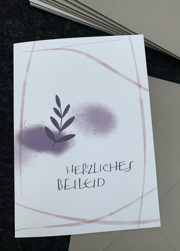 Doppelkarte B6 mit hochwertigem Kuvert, Naturpapier mit Prägung (Zweig)